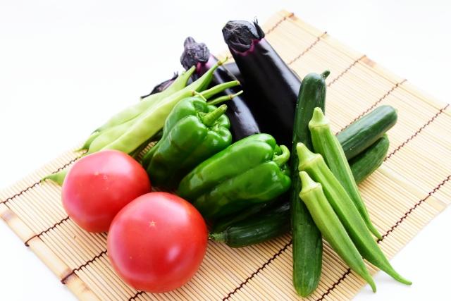 ナス、ピーマン、オクラ、トマトの夏野菜